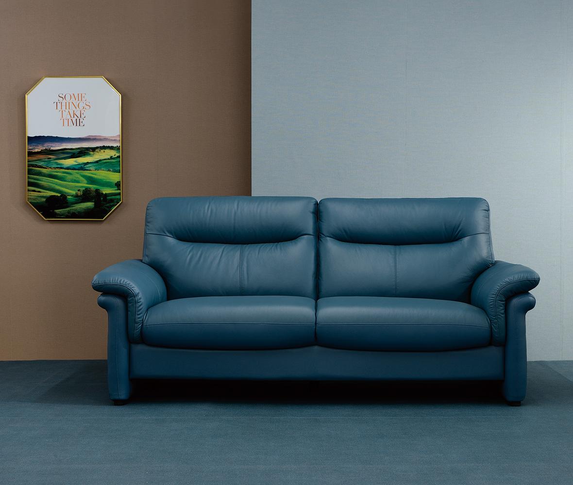 オールラウンド設計の快適なソファ。独特の柔らかさが身体を心地よくサポートします。