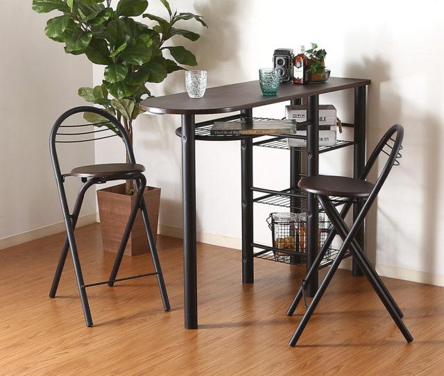 オシャレで実用的なお買い得カウンター&チェアセット!テーブルにはラックが4つ付いて収納力抜群でパソコンデスクやちょっとした作業スペースに便利です。