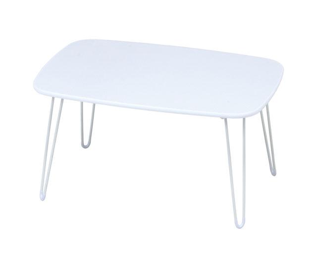 可愛いドット柄がプリントされた天板で1人暮らしにピッタリなコンパクトローテーブル!折りたためるので、使わないときはスリムに収納が可能!軽くて持ち運びもラクラク♪